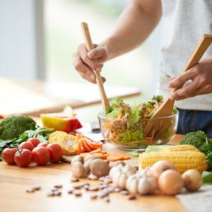 """いい食習慣で""""美腸づくり"""" 変えるべき10ポイント"""