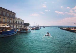 逃亡する殺人画家を追いかけて…夏のシチリア古都アート&グルメ旅