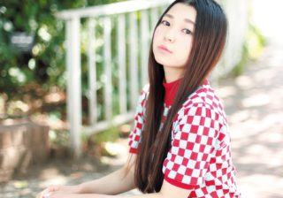 眉毛をほぼ全剃り?! 女優・野田美桜、90年代コギャルを演じる