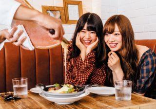 乃木坂46・梅澤美波&岩本蓮加、絶品チーズ料理に舌鼓!