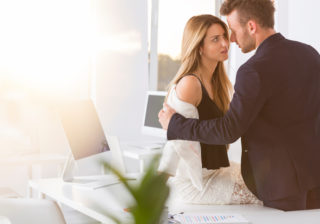女性200人浮気調査…恋人がいても「浮気したいな」と思った瞬間3つ
