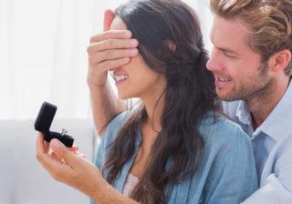 本音がチラッ…男が「結婚を考えている時」に出すサイン3つ