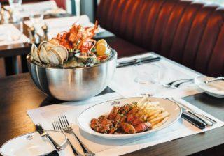 「ちょっとスゴいよ」シェフ自慢のロブスター、カニ、エビ、蛤の豪華な一皿