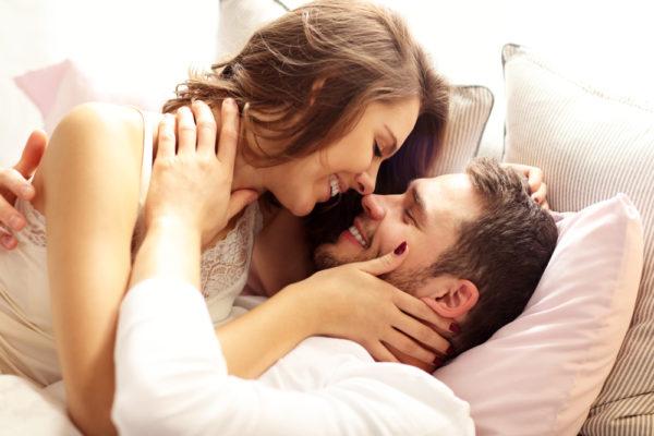 温もりが欲しい…「年上女性しか好きになれない」男の本音4つ