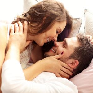 不倫相手とのセックスは…浮気男が暴露する妻との決定的な違い4選