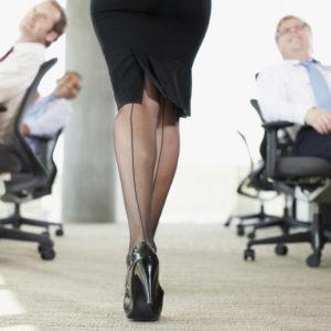 秘書100人がダメ出し!仕事場でのファッション絶対NGマナー9選