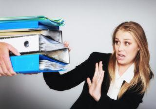 今日は残業したくないっ! 秘書100人が教える「うまい断り方」実例8選