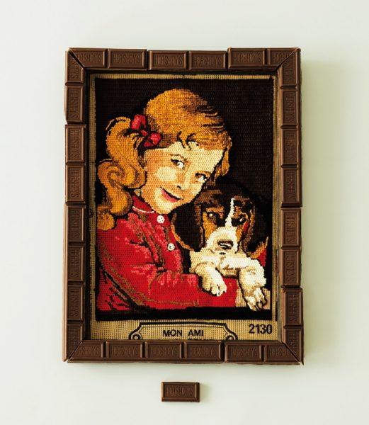 """作家・柴崎友香が綴る""""チョコ""""エッセイ『チョコレートのある世界』"""