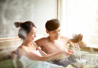 お風呂でチュッ♡長続きカップル直伝「マンネリ解消キス」4選