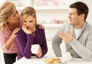 姑の思惑通り…妻が苦しんでいる「夫の厄介な家族」3選