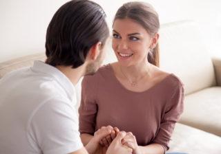 彼女から妻へ昇格も!? 男が「本当に気を許している」サイン3つ