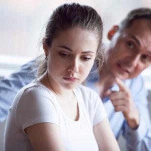 妻の浮気発覚…不倫の決定的瞬間を突き止めた夫の執念3連発