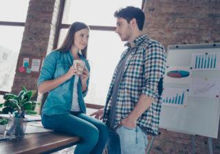 不倫女は萎える…社内で男が嫌う「彼女にしたくない」女の特徴3選