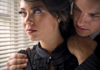 別れたいのにズルズル…「ダメ男と別れられない女」に足りないコト #6