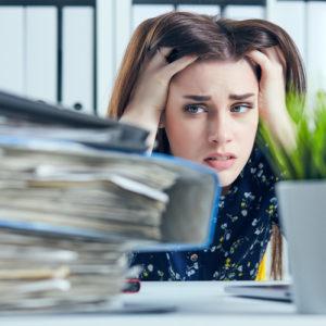 10連休なんていらない! 仕事増でヘトヘト「30代女子に効くストレス対策」