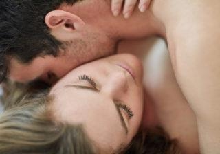 乳首だけで喘ぐなよ…男が激冷めした「ベッド上の女のリアクション」 女は心で濡れる #59