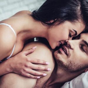 彼氏じゃないけど…女性が付き合ってない人と身体の関係をもつ理由