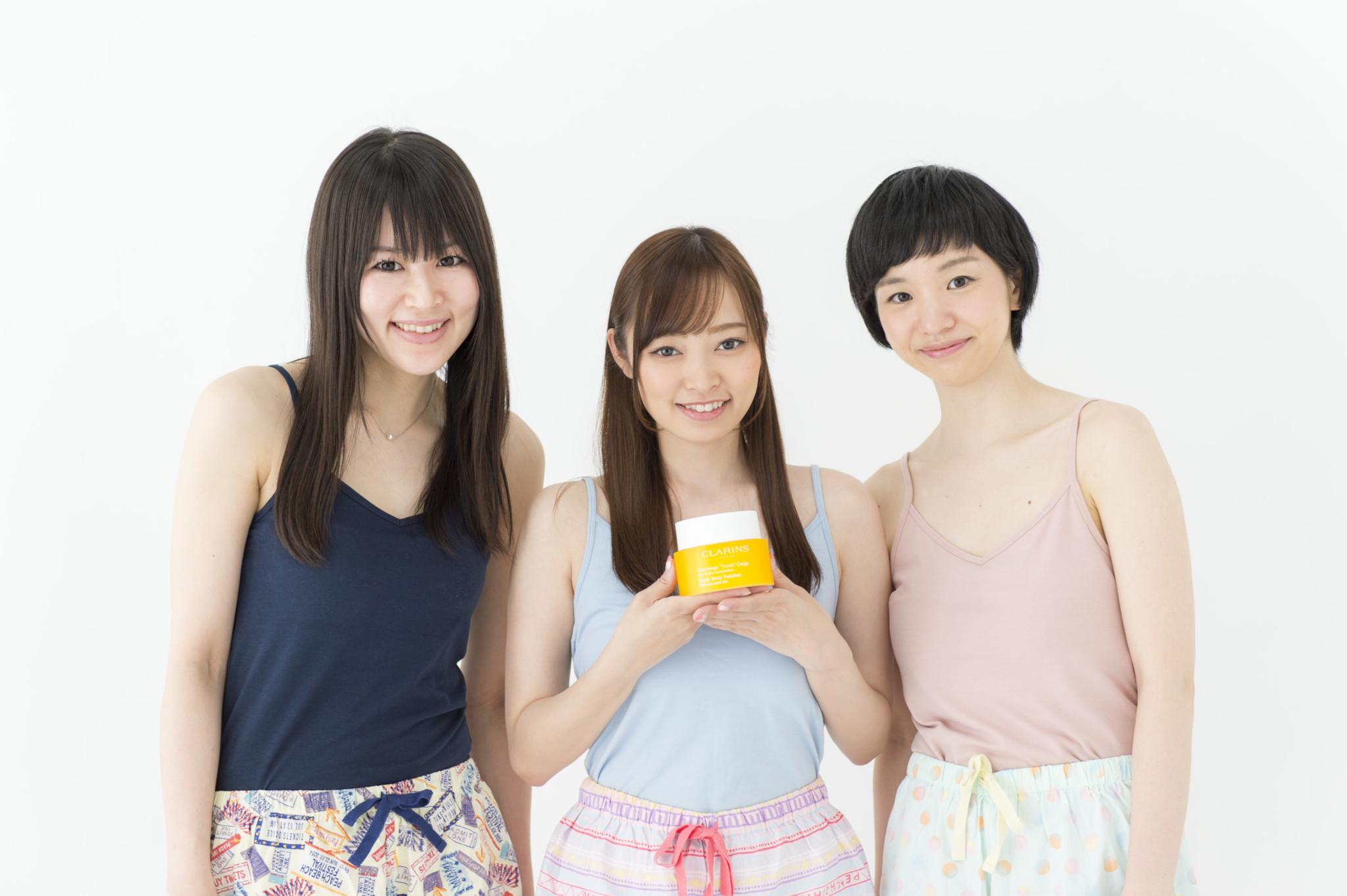 右から、大西真由さん(no.185、30歳・役者)、福塚愛さん(no.145、29歳・モデル)、鷲巣喜美さん(no.114、29歳・サービス業)