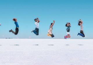 ウユニ塩湖で飛んだ! 旅インスタグラマー推し「映え」スポットはココ