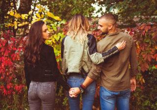浮気男あるある?…妻や彼女を裏切る男の特徴4つ