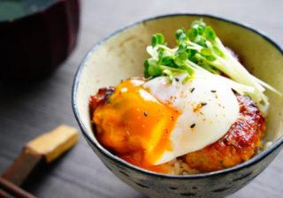 男が好きな味…とろ~り卵と甘辛たれがヤバうま!「簡単丼レシピ」