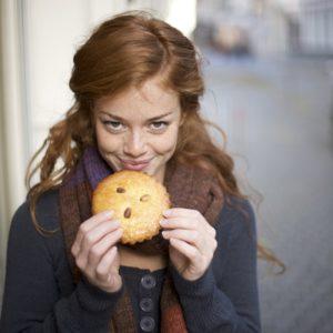 【甘いもの食べすぎ対策】食欲の秋に「食べすぎを防ぐ」簡単なコト