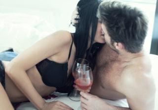 勃たなくなっちゃう!?「飲んだ後のセックス」躊躇する男の本音 女は心で濡れる #92