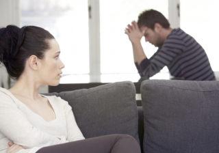 似合ってないよ… 男がドン引きした「彼女のイケてないイメチェン」