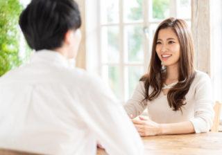 本心を見せず…男が「だんだん好きになっていく」女子の特徴4つ