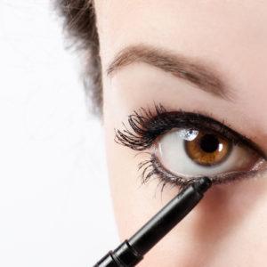 逆に目立つ! 目、鼻、肌色「コンプレックスを強調する」NGメイク