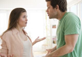手つなぎはちょっと……デート中に彼が密かに「ここは直して」と思っていること