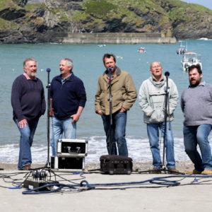 実在する漁師のバンドがモデル…イギリスを席巻した奇跡の実話