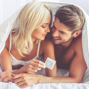 セックスが久々で…緊張気味の男性が感動したH時の女性の気遣い4選