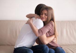 愛してるよ… 不倫妻が改心した「夫の泣けるLINE」3選