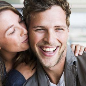 O型男子は濃厚なキスを… 血液型別「彼が好きなキス」