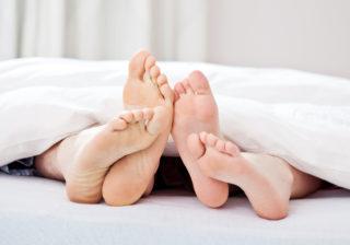 男と女の本音…エッチするなら「自宅とホテル」どっち?