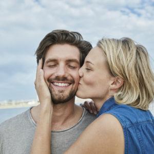 彼女のアソコにキュン…男が「ずっと一緒にいたい」と思う女性の特徴
