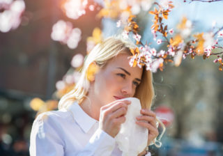 マスクや薬だけじゃない! ユニークな「花粉対策グッズ」3選