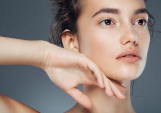 2つの質問でわかる!「あなたの肌タイプとおすすめファンデ」診断