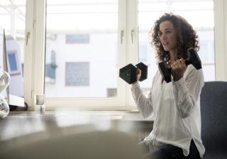 激しすぎる運動は免疫力低下に!? お部屋運動に関するQ&A