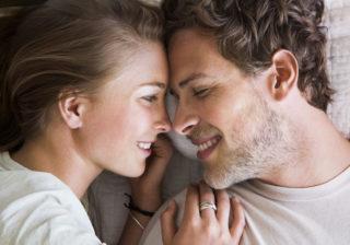 一日中ベッドで♡… 2人が興奮できる「デートプラン」4選