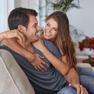 落ち込んだときに…男が惚れ直した「彼女のさりげない言動」