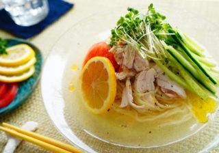夏の簡単麺レシピ!…さっぱりおいしい「冷たいレモンラーメン」