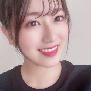 """欅坂46・守屋茜、""""韓国コスメ""""にハマり中! お気に入りアイテムは…"""