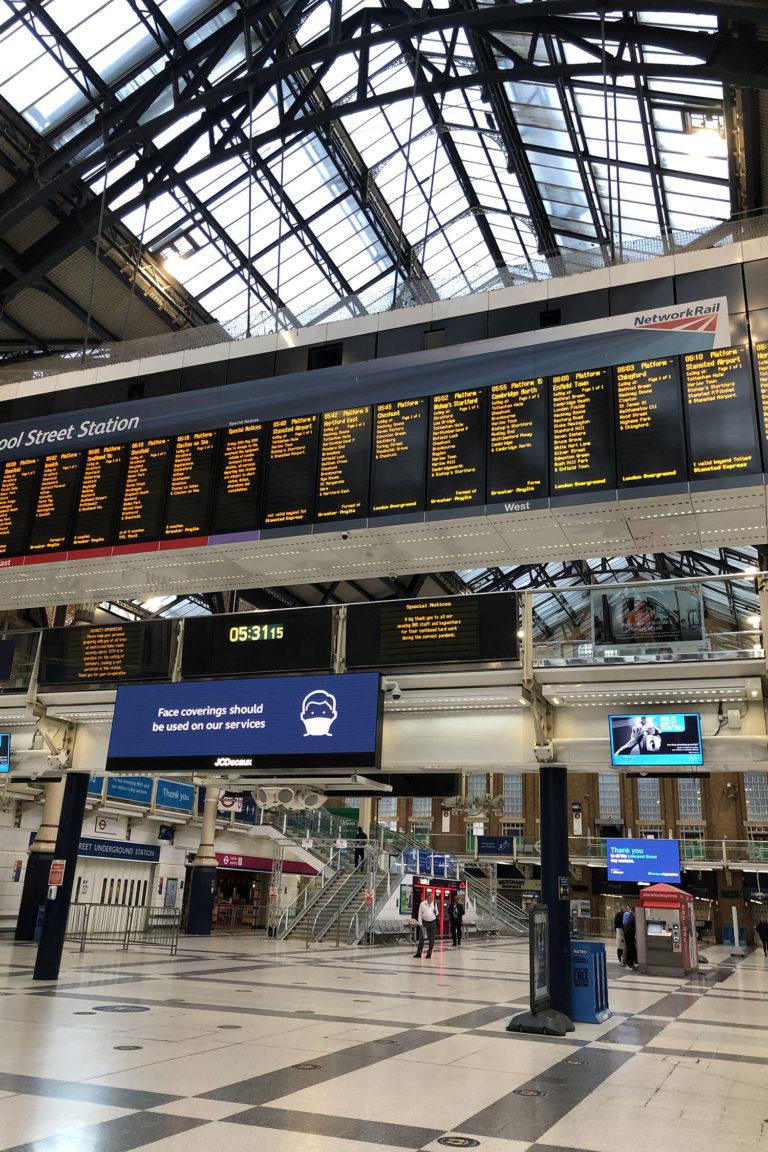 ロンドン駅