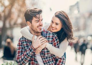 「会いたくてたまらない…」男がアッサリ落ちた「女子の恋愛テク」4つ