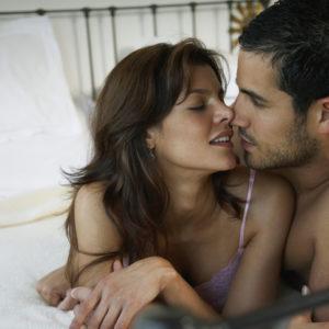 アソコのケアを… セックス直前に男が「隠れてしているコト」4つ
