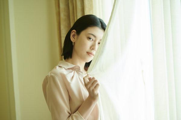 三吉彩花 anan  美乳