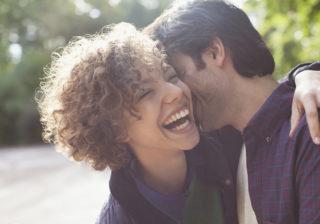 ビリッとした感触が忘れられない…!? 彼を魅了する「キスのワンポイントテク」4つ