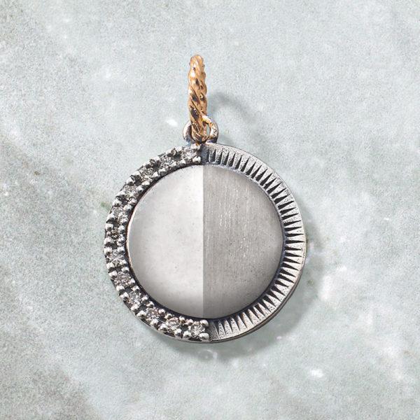 チャーム【下弦の月】(SV×K10×ダイヤモンド)¥17,000